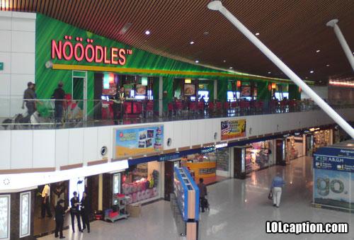 funny-shop-name-Nooodles