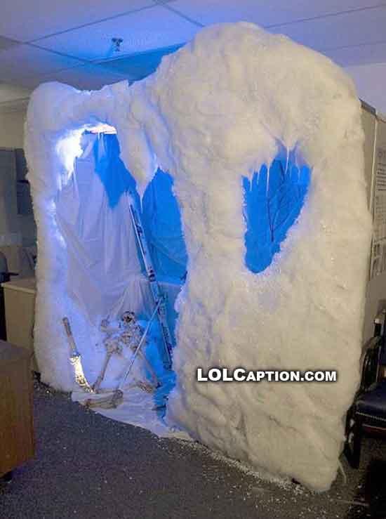 funny-fail-pics-office-pranks-lolcaption-igloo-extreme