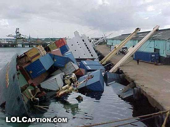 LostMyJobToday-lolcaption-funny-fail-pics-ship-sunk-at-docks
