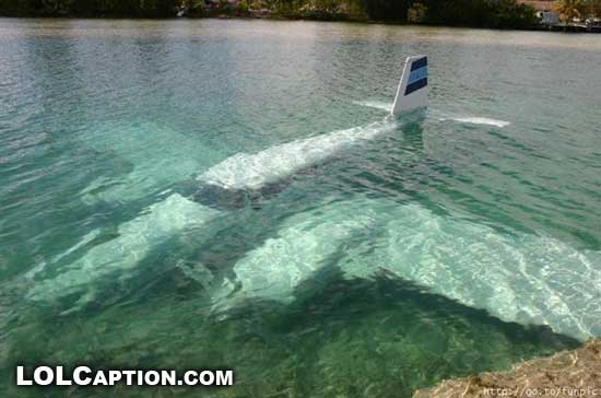 lolcaption-funny-fail-pics-Wet-Landing-twin-underwater