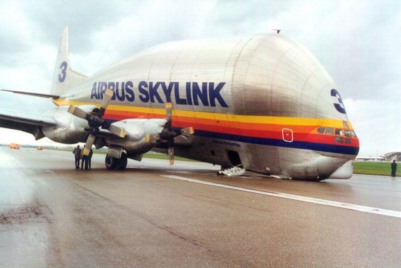 lolcaption-aircraft-fail-pics-airbus-guppy