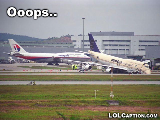 lolcaption-lost-my-job-today-epic-fail-plane-crash-at-terminal